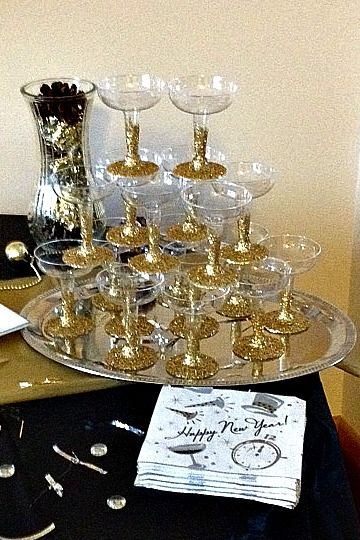 9 Nye Decorating Ideas To End The New Year With A Bang The Decal Guru