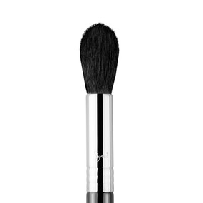 Sigma Beauty F35 - Tapered Highlighter Brush