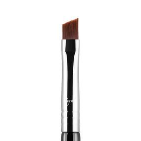 Sigma Beauty E65 - Small Angle Brush