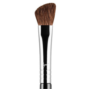 Sigma Beauty E70 - Medium Angled Shading Brush  - Chrome