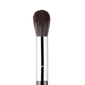 Sigma Beauty F64 - Soft Blend Concealer Brush