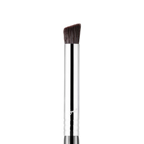 Sigma Beauty F66 - Angled Buff Concealer Brush