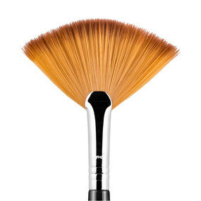 Sigma Beauty F41 - Fan Brush