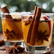Spiced Apple Bourbon Cream Pot
