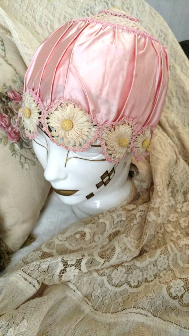 Flapper 1920s Bed Bonnet Lingerie Cap Pink Satin Crochet Daisy Trim