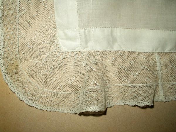 Vintage 1920s 1930s Tulle Net Lace Ruffle Lawn Handkerchief
