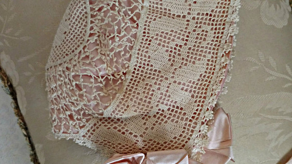 Vintage 1920 Filet Crochet Baby Bonnet Pink Silk Lining Ribbon Bows