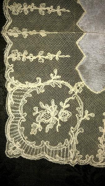 1920s Vintage Handkerchief Hankie Pink Silk Tambour Embroidery Lace