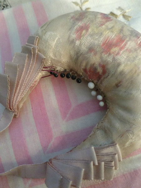Victorian Hand Made Printed Silk Pin Cushion Hanging Ribbon Pin Keep