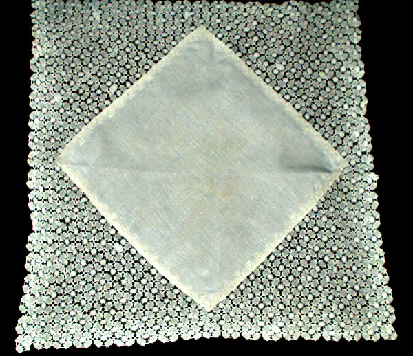 Victorian Hand Made Tape Lace Table Doily Linen Center Square Cloth