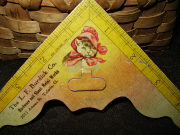 Antique 1900 Lithograph Cat Metal Sewing Measure Thread Cutter