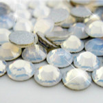 Egg White -- Glass Rhinestone -- 1440 pcs / Pack Flatback Round High Quality --- lovekitty