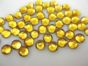Gold  --- 6mm 50pcs --- Rhinestones Round Flat back 14-facet ( High Quality ) --- lovekitty