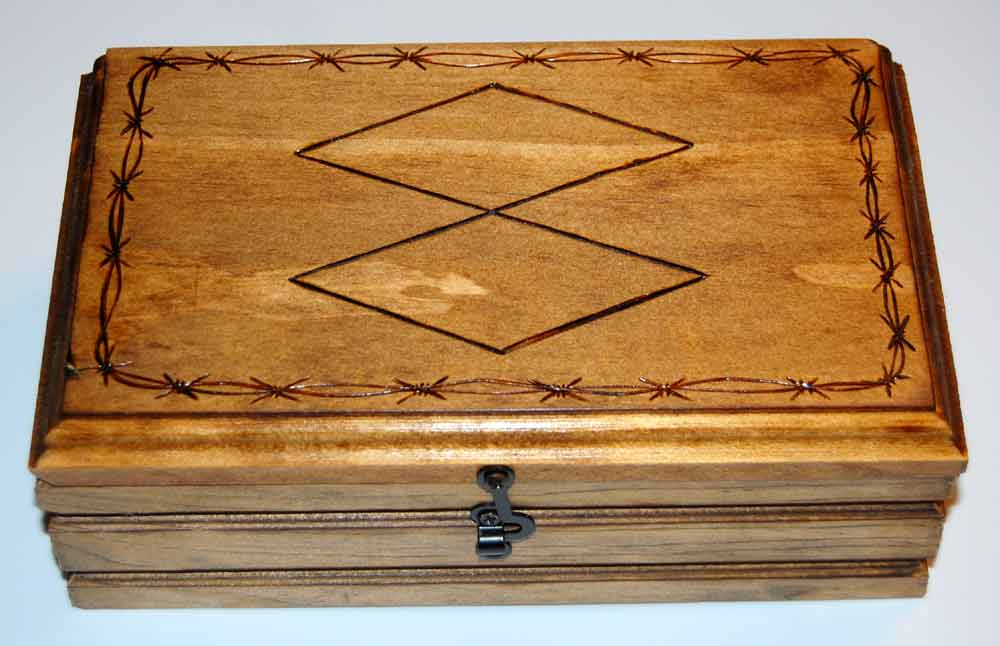bourbon-box1.jpg