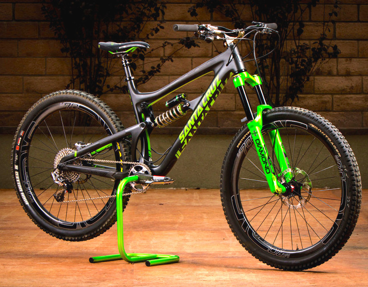 green mountain bike work stand