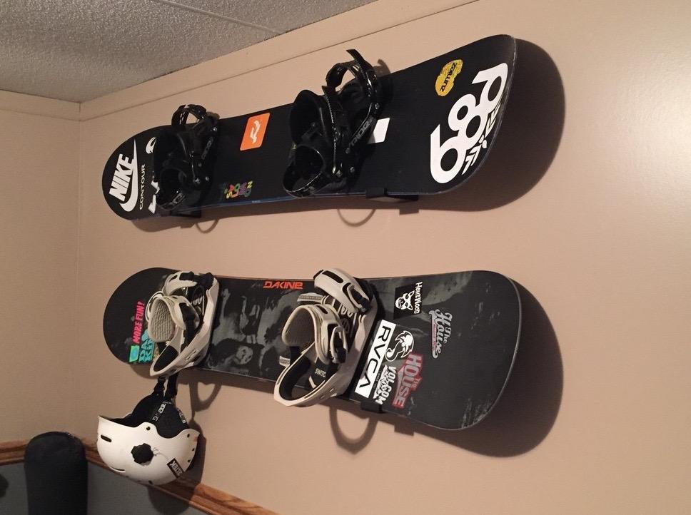 Naked Snow Minimalist Snowboard Rack Storeyourboard Com