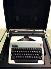 Vintage 1980s Olympia De Luxe SM9 Manual Typewriter with Leather Case