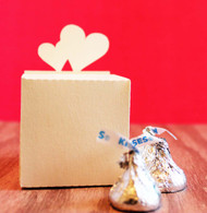 Double heart favor box