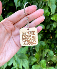 Scannable QR Code Keychain - Scannable tech