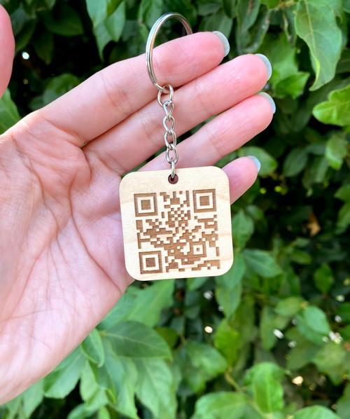 Scannable QR Code Keychain - Scannable tech