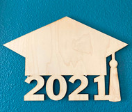 Graduation Hat 2021 Sign