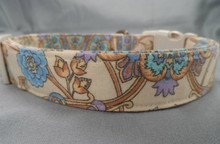 Blue and Lilac Flower Scroll on Cream Dog Collar
