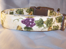 Wine Grapes on Cream Dog Collar