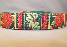 Green Poinsettia Stripe Dog Collar