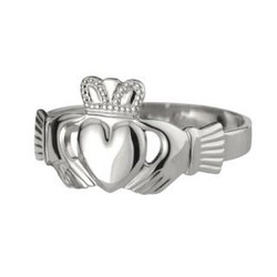 Solvar Mens Heart Claddagh Ring