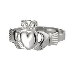 Solvar Mens Heart Claddagh Ring