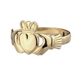 10 Karat Gold Ladies Claddagh Ring by Solvar