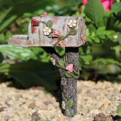 Fairy Garden Country Mailbox