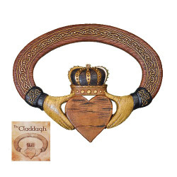 Claddagh Wall Hanging With Card
