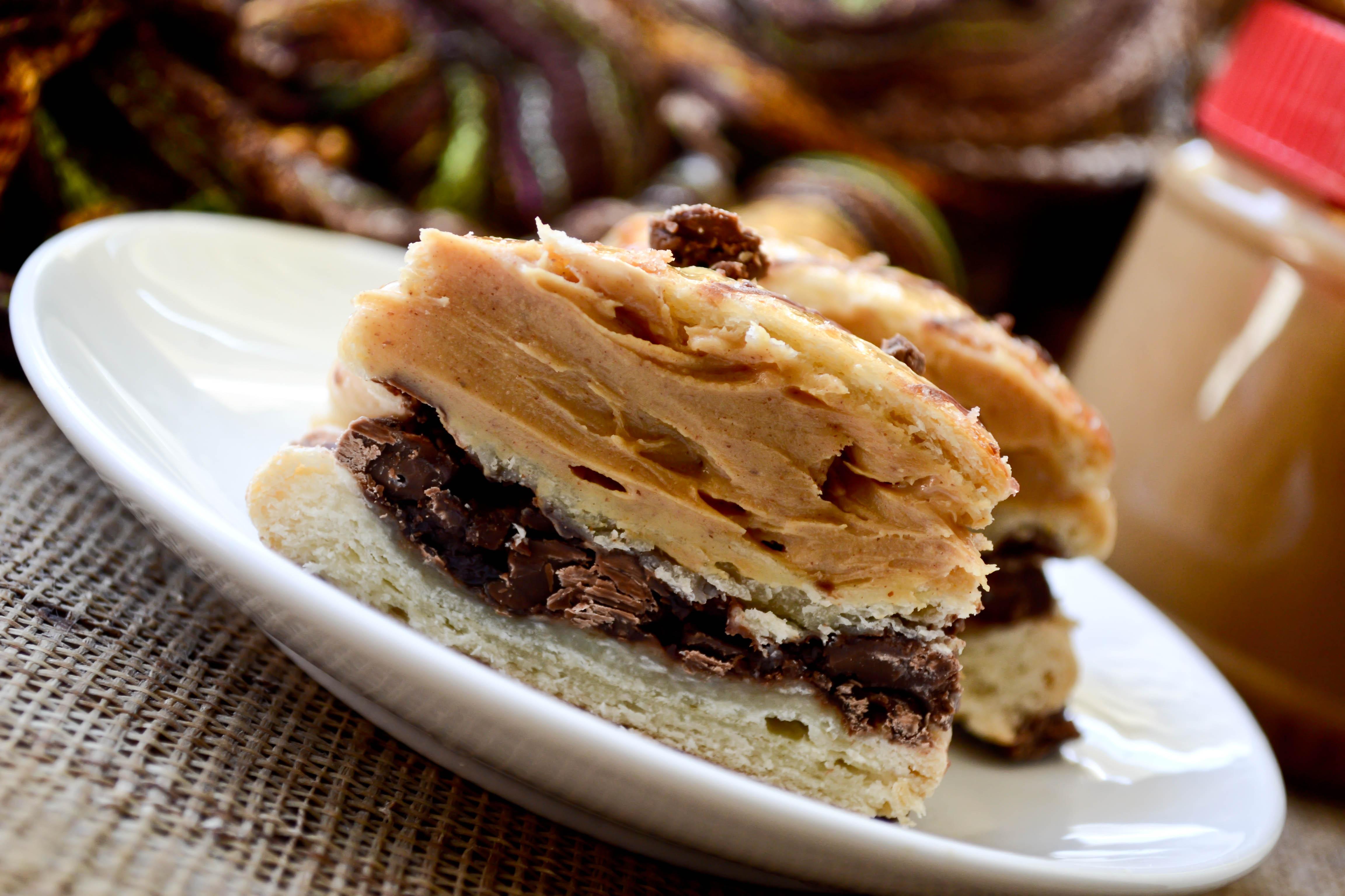 Liliha Bakery's Famous Coco Puffs – Tasty Island