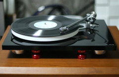 Turntable - Rega RP10
