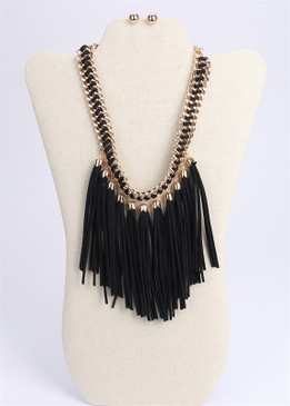 FRINGY NECKLACE Blk
