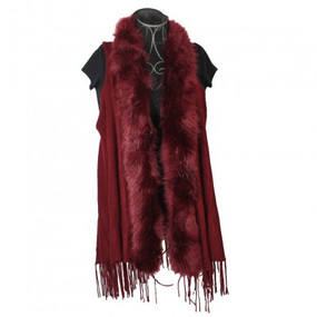 FURRY VEST Burgundy