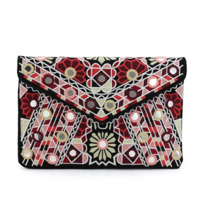 FLORAL EMBRIODERY CLUTCH