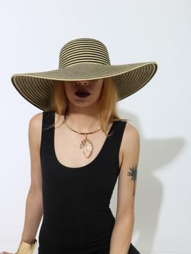 FLOPPY HAT BLK/BG