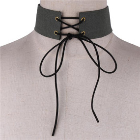 LACE UP CHOKER Olive