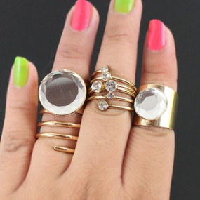 CRYSTAL FASHION RING SET