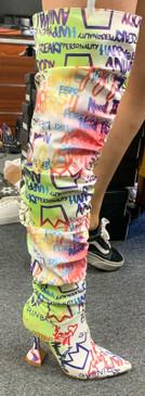 Graffiti Boots Pink