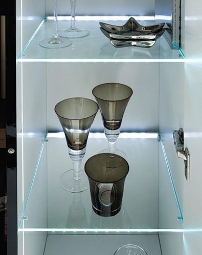 glass-shelves-lighting8.jpg
