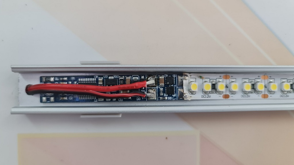 touch-aluminium-led-profile-touch-switch-dimmer-td011-volka-lighting-3.jpg