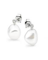 White Pearl Earrings (17-1412)