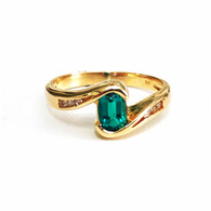 9ct Emerald & Diamond ring (1888)