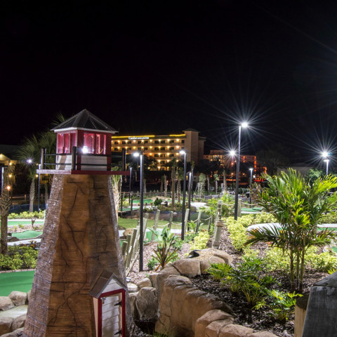 Mini Golf Course | Fiberglass light poles