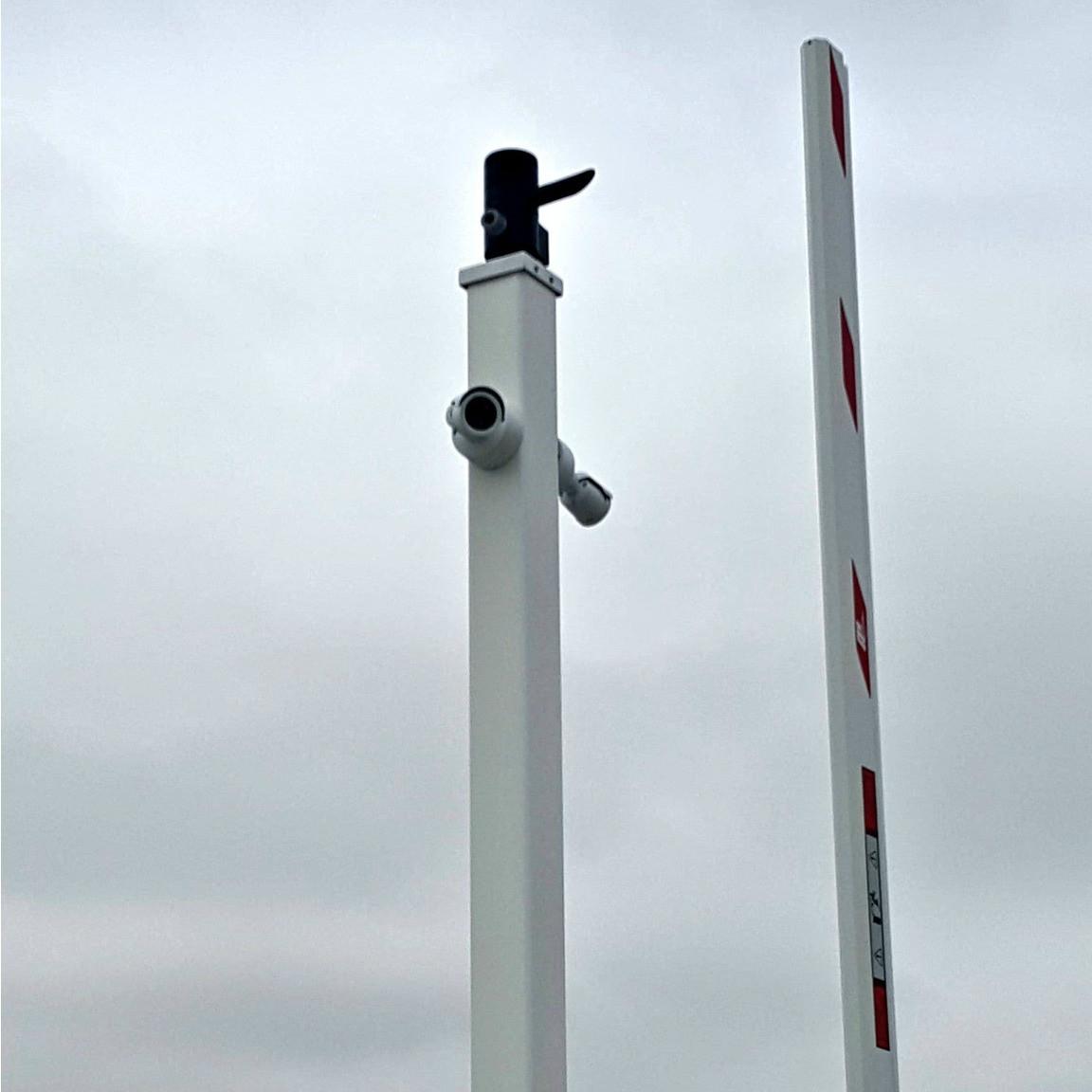 Light Poles Plus: #1416: Square Straight Aluminum Camera Pole Post