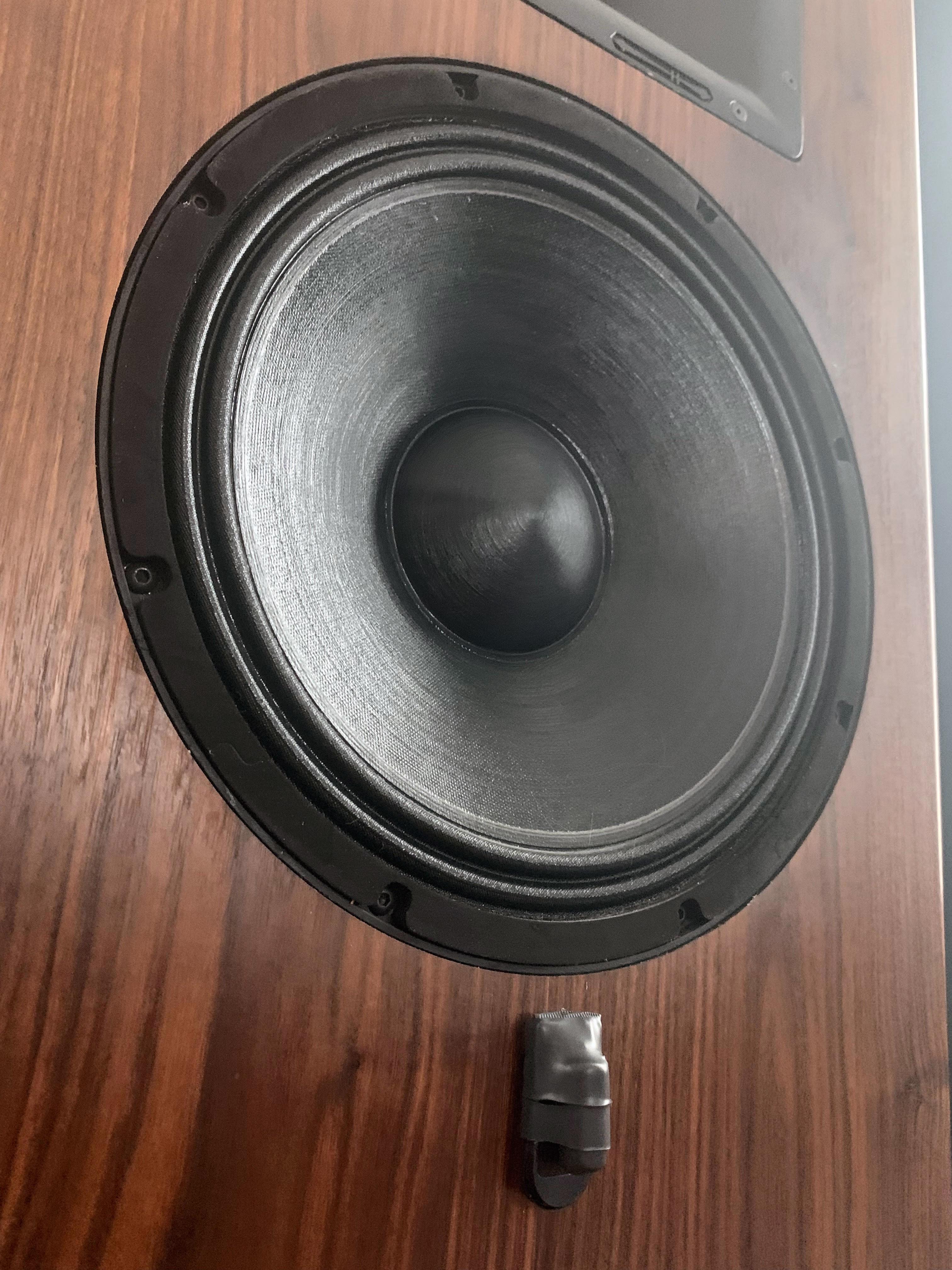 bybee-v2-speaker