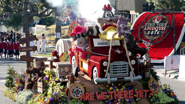 arewethereyet-rose-parade-float-with-flyboy-naturals-rose-petals-2.jpeg
